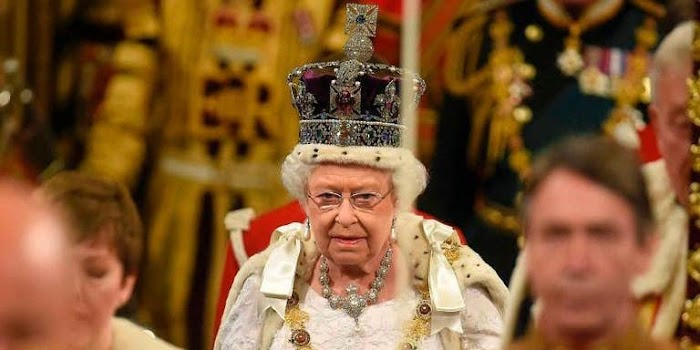 The Queen should put pressure on Nigeria's government to respect the people of Biafra