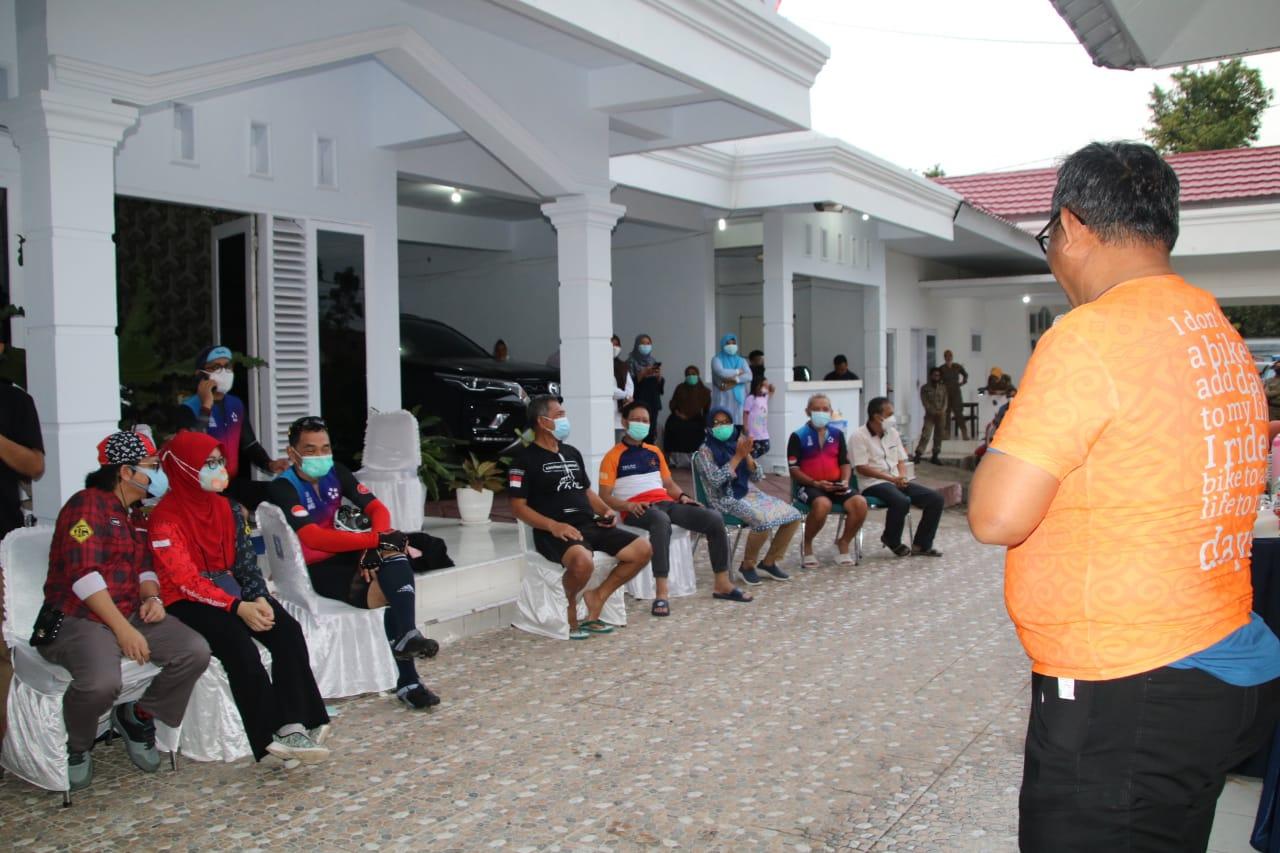 Wabup Soppeng Lutfi Halide Terima Rombongan Pesepeda E2G Makassar di Rujab