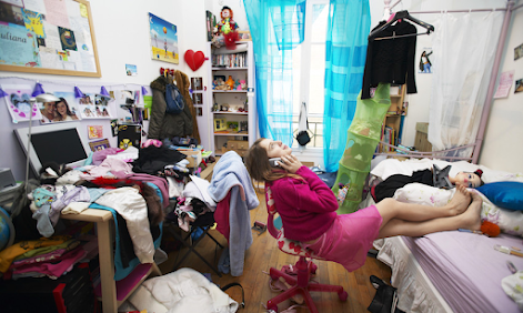 Can Authors Market Books From A Messy Room?