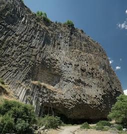 Basaltsäulen in der Azat Schlucht