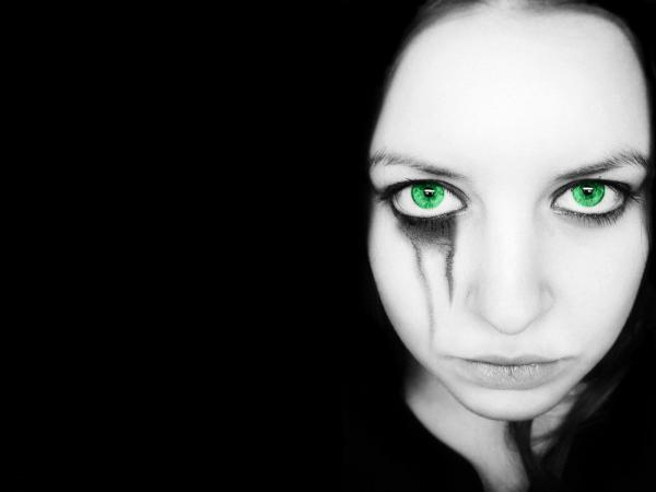 Gothic Girl With Green Eyes, Gothic Angels