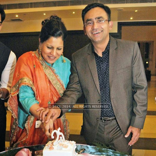 Several former cricketers turned up to wish Saba Karim on his 25th wedding anniversary, held in Delhi.