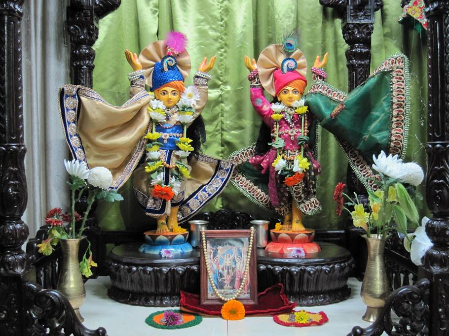 ISKCON New Gaya, Japan Deity Darshan 22 Jan 2016 (3)