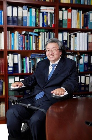 Dr. Lee Sang-Mook, Chairman of the Preparation Committee of the PyeongChang Forum (1)