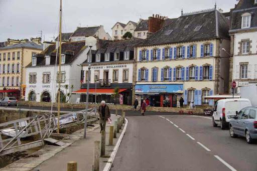 Maisons colorées à Audierne