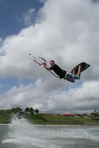 Jonathan throwing a nice railey at Wildcat Kite Park, Portland TX