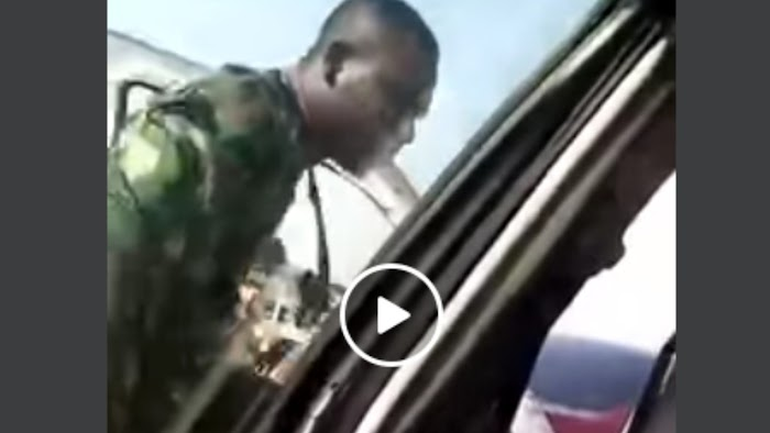 I will kill you, nothing will happen - Soldier man threatens traveler (Video)
