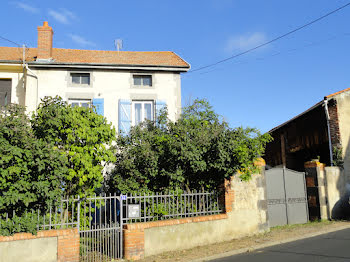 maison à Charbonnier-les-Mines (63)