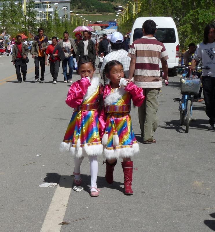 Chine. Yunnan.Shangri la Course hippique annuelle - P1250754.JPG
