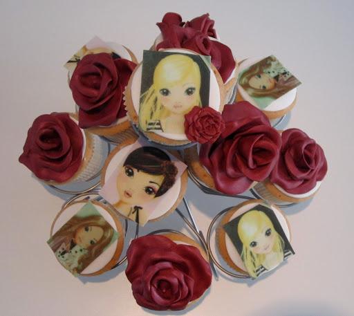 012-Rozen top model cupcakes.JPG