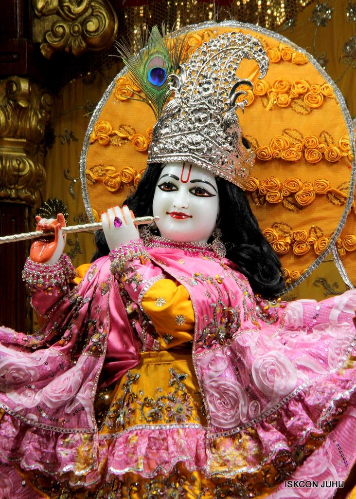 ISKCON Juhu Mangal Deity Darshan on 30th Dec 2016 (27)
