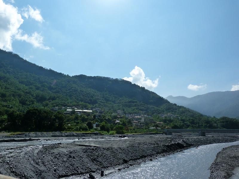 Tainan County.De Dona village à Meinong via Sandimen en scooter.J 12 - P1220496.JPG