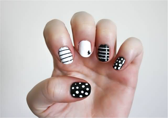Art designs idea black and white 3d nail art black and white and mickey mouse nail art design idea black and white boxes design nail art idea black and