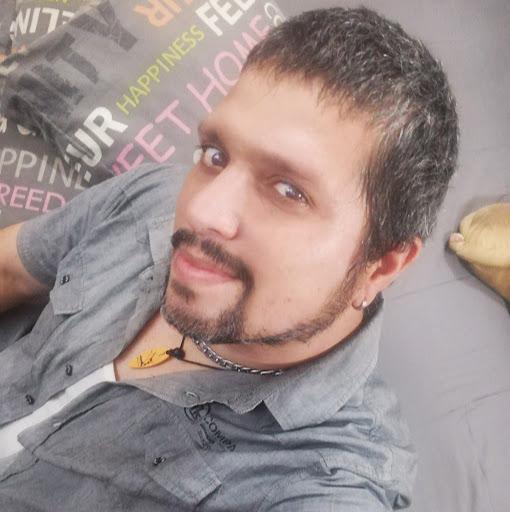 Giancarlo Javier Buraschi (Gianis)