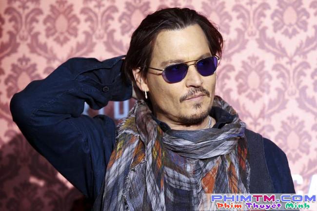 Johnny Depp trả hàng trăm nghìn đô để người khác đọc thoại cho mình - Ảnh 1.
