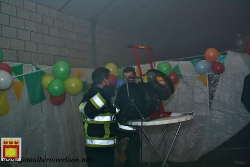 presentatie jeugd carnavalswagen 09-02-2013 (49).JPG