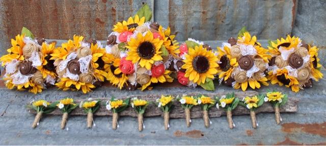 GypsyFarmGirl Rustic And Vintage Burlap And Lace Wedding Bouquets