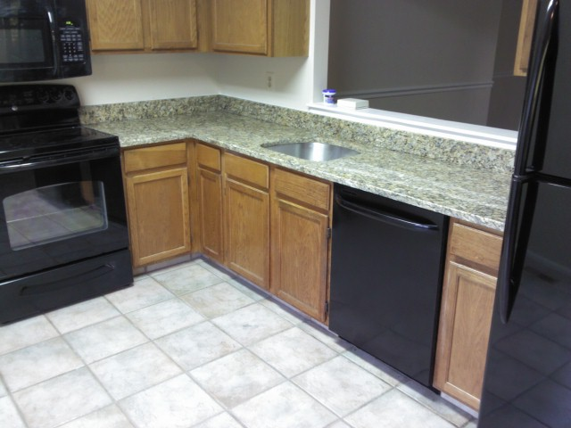 Need Advice Of Kitchen Colors Granite Floor Counters Paint Home Interior Design And