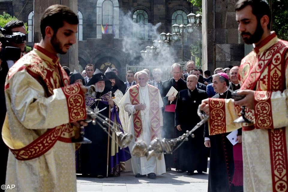 Papiez w Armenii, 24 czerwca 2016 - 13537518_1233922253286043_7948389012576766003_n.jpg