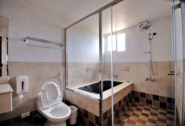 奧羅拉宜蘭民宿乾濕分離浴室