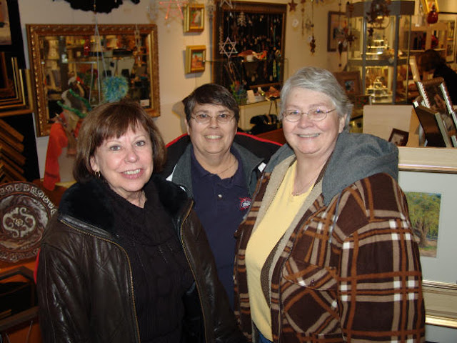 Event 2010: Wine & Cheese Gallery Open House - wcoheddie.JPG