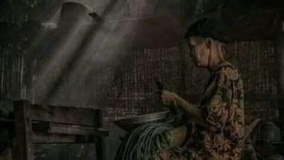 Ibu Merawat Luka