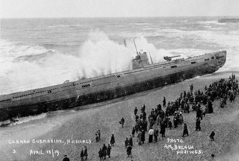 sm-u-118-beached-hastings-3
