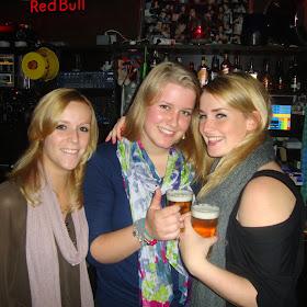 Maandelijkse borrel bierestaffete (06 oktober 2010)2010