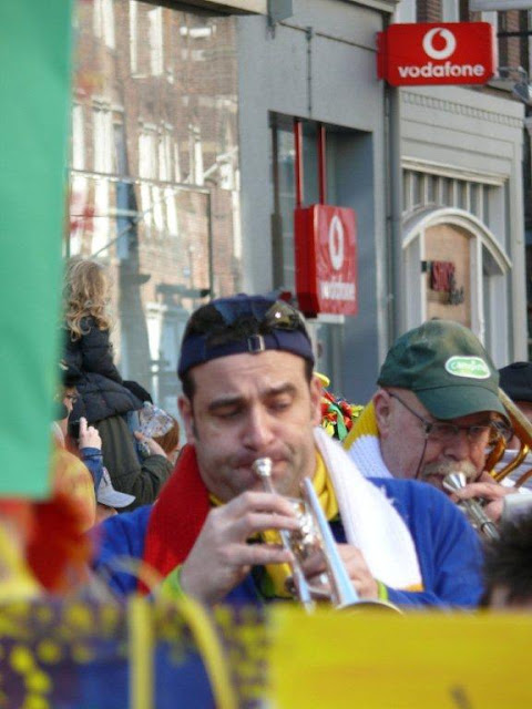 2011-03-06 tm 08 Carnaval in Oeteldonk - P1110645.jpg
