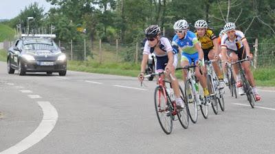 Die Verfolgergruppe mit Rick Zabel (r.) von der deutschen Nationalmannschaft. Zabel fuhr in Müllheim als siebter über die Ziellinie.