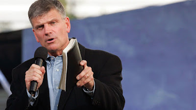 Franklin Graham: Pope must build a bridge to Donald Trump