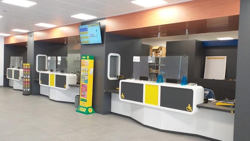 La renovada oficina de Correos en El EJido.