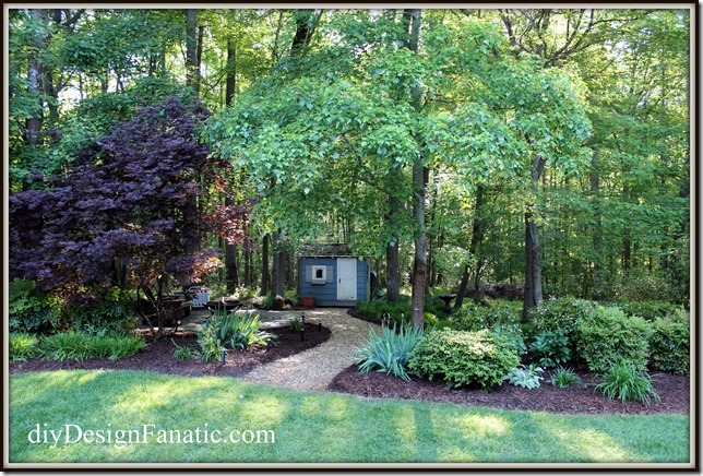 Spring landscape, mulch, gardening, organic garden, landscape, diy landscape, backyard, beautiful garden, make gardening easier