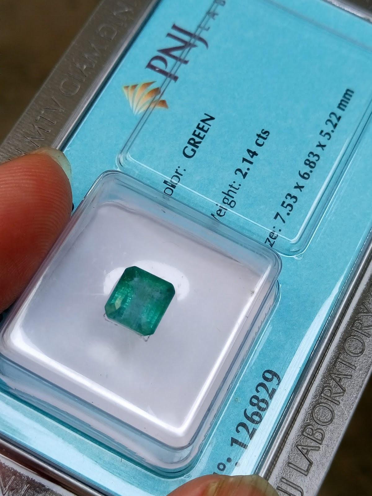 Đá Ngọc Lục Bảo thiên nhiên, Natural Emerald đã kiểm định PNJ