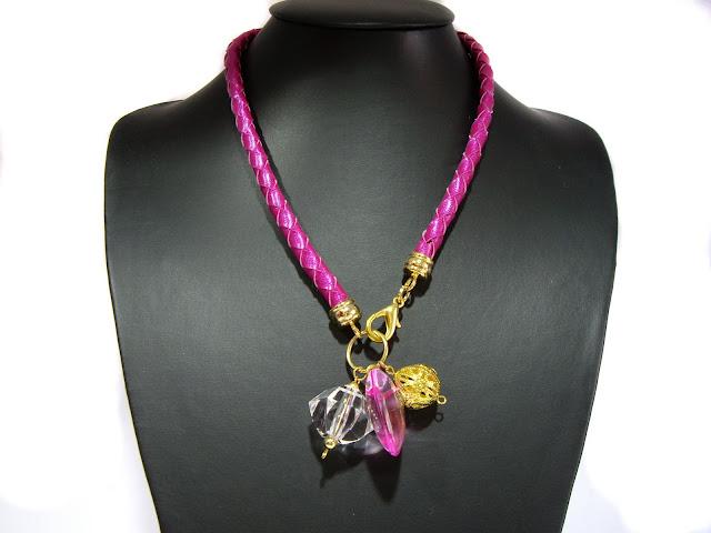 Collares de cuero trenzado IMGP4603