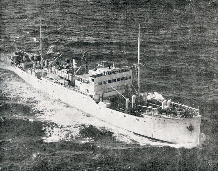 El SIL en navegación. Ca. 1950-1960.jpg