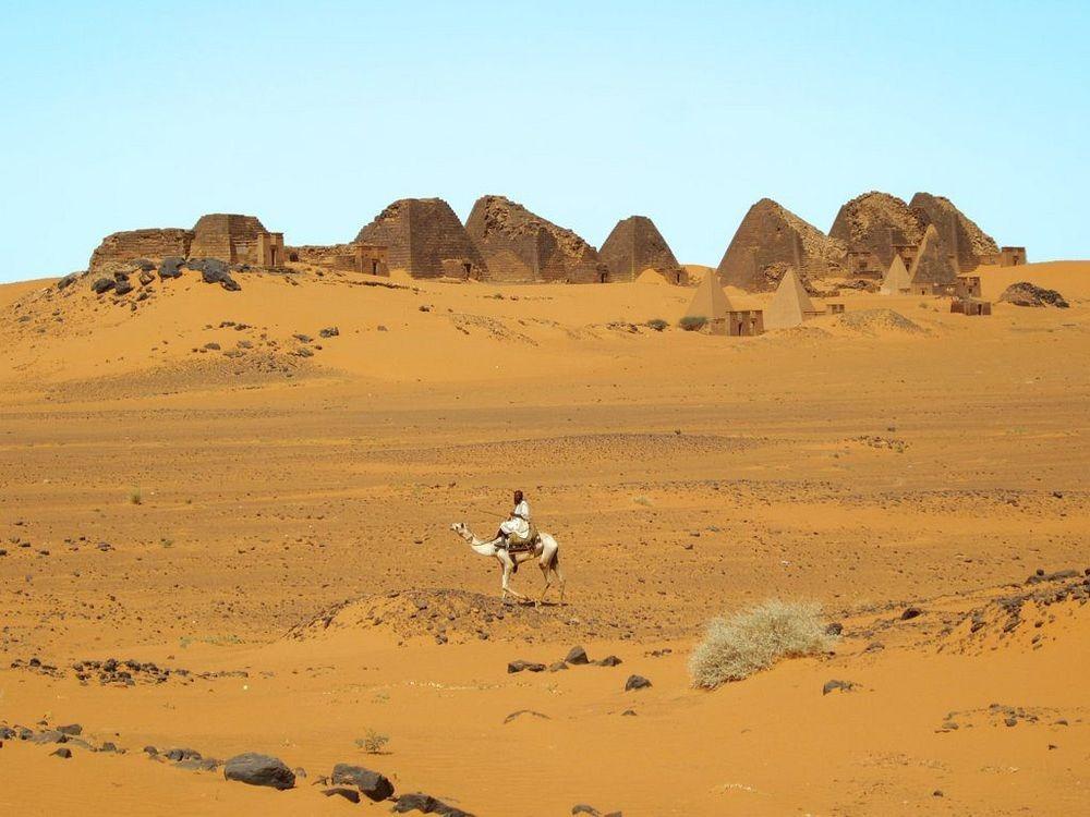 nubian-pyramids-8