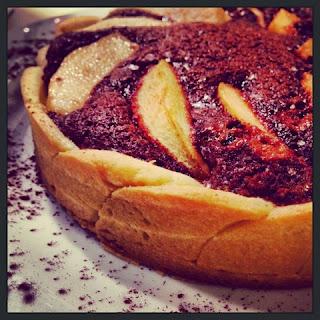 Crostata di pere e crema di mandorle al cacao@monsieurtatin.blogspot.it