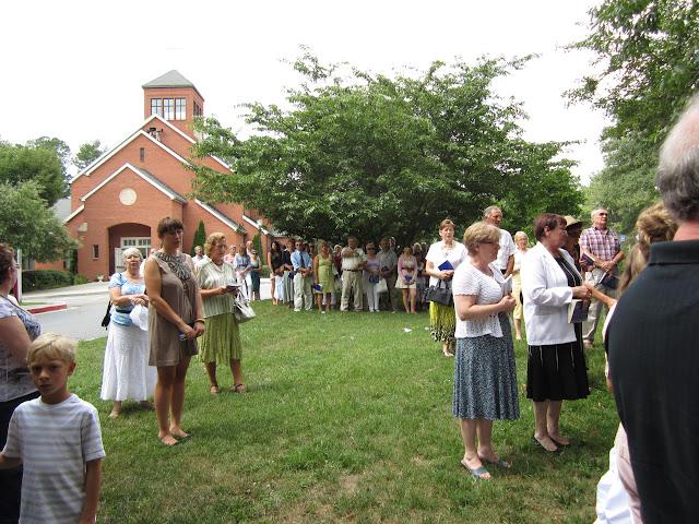 6.26.2011 Boze Cialo - procesja do 4ech oltarzy - IMG_0370.JPG