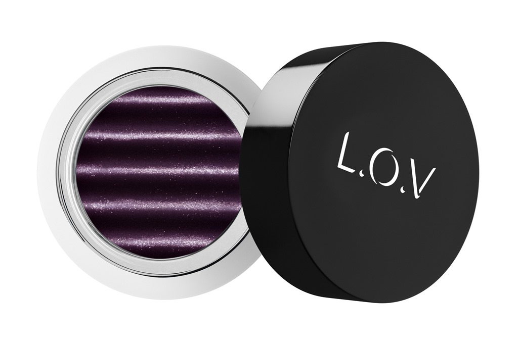 [LOV-EYETRACTION-magnetic-loose-eyeshadow-500-P1-os-300dpi%5B1%5D%5B7%5D]