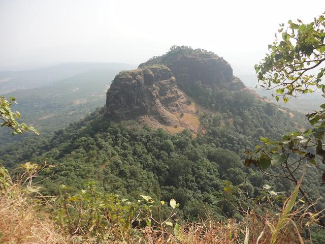 sarasgadh pali maharashtra