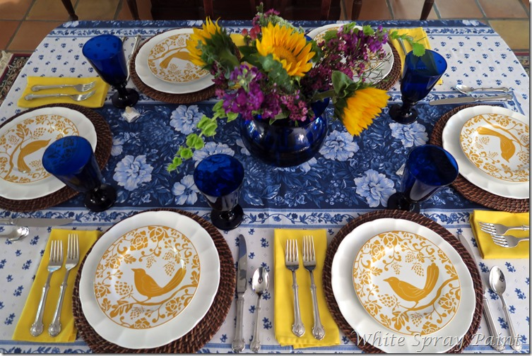 Cobalt Blue and Yellow Tablescape