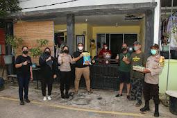 Polresta Barelang Bagikan Paket Sembako Pada Keluarga Yang Terpapar Covid-19