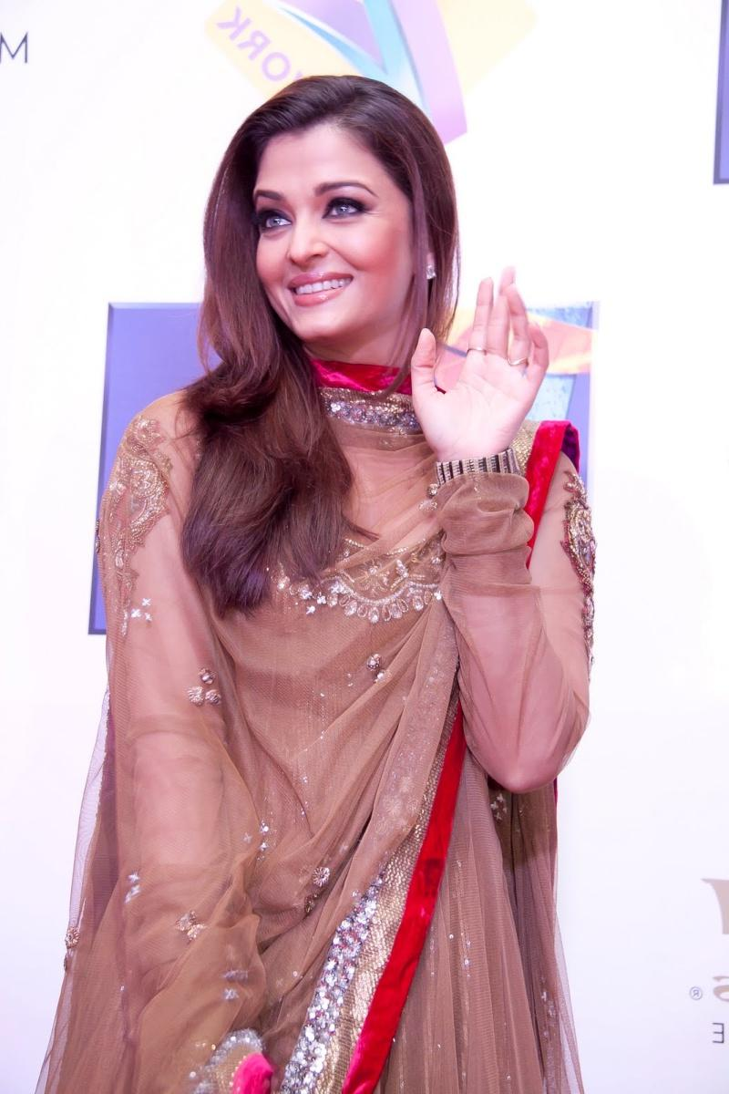 Aggie\'s blog: Aishwarya Rai Wedding