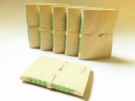 livros-couro-encadernacao-haste