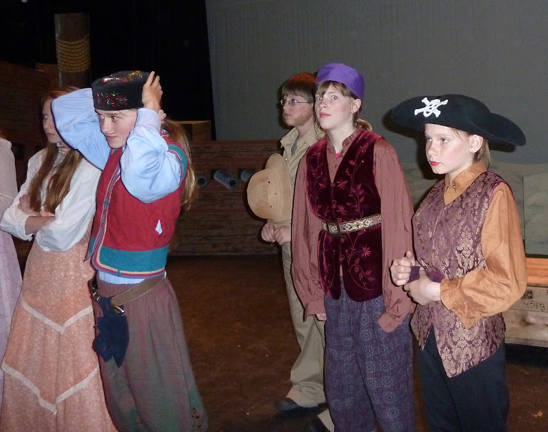 2012PiratesofPenzance - P1020358.JPG
