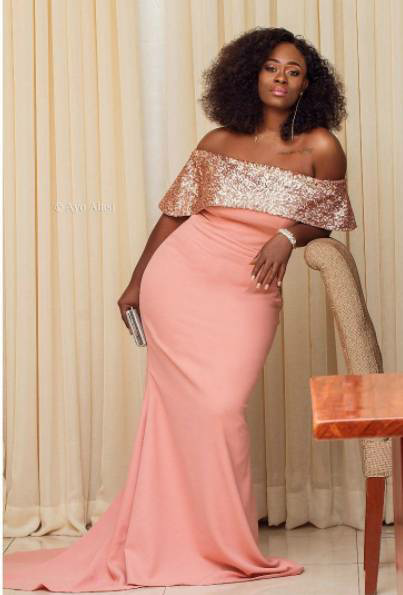 Uriel wows in new photos