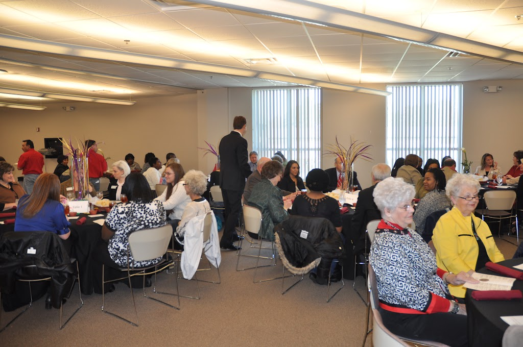 Scholarship Ceremony Spring 2011 - DSC_0048.JPG
