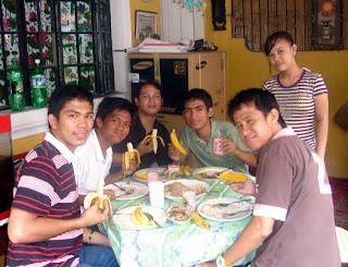March 14: Students eating banana