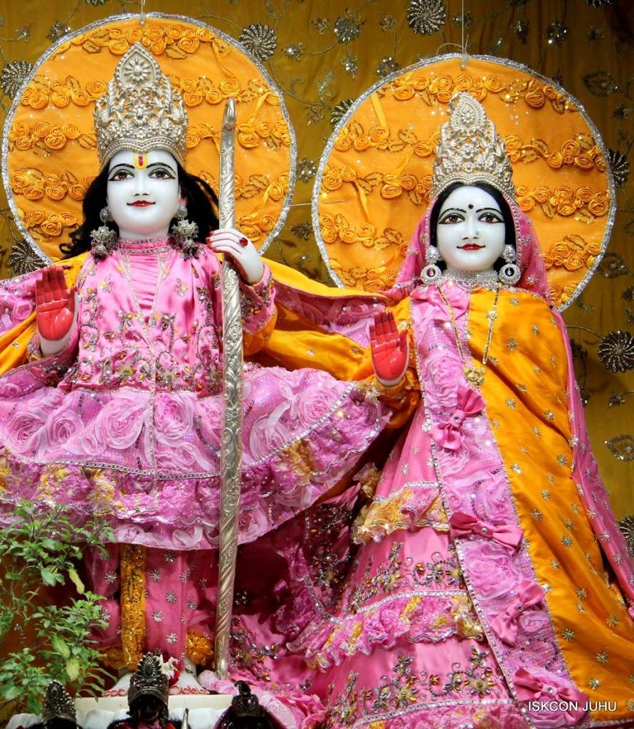 ISKCON Juhu Mangal Deity Darshan 29 Jan 2016 (4)